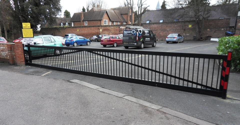 Industrial Electric Gates : Sliding cantilever security gates autogate services