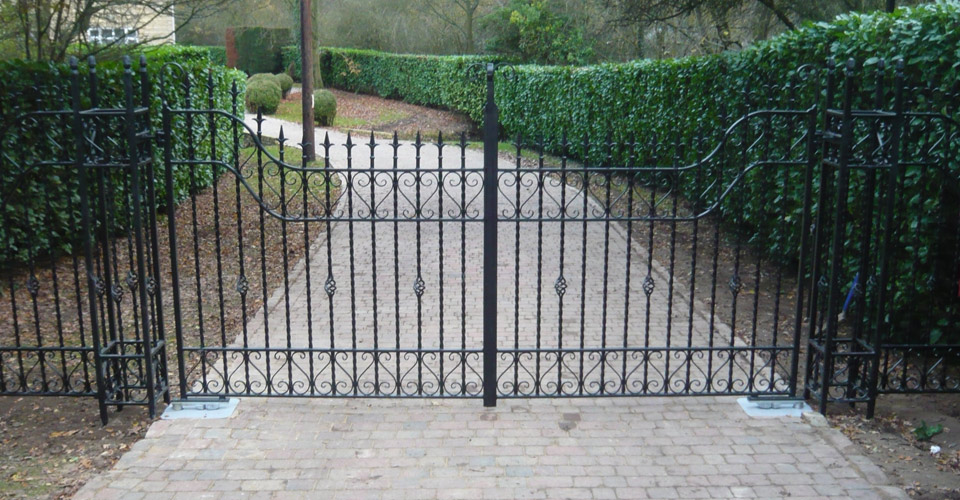 Metal residential gate