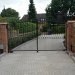 Metal Gate Range