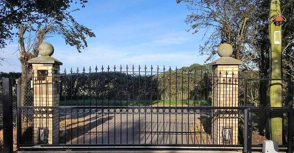 Harston Gate